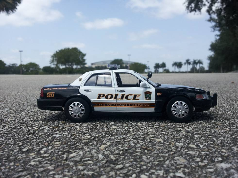 MIAMI GARDENS POLICE DEPARTMENT, FL