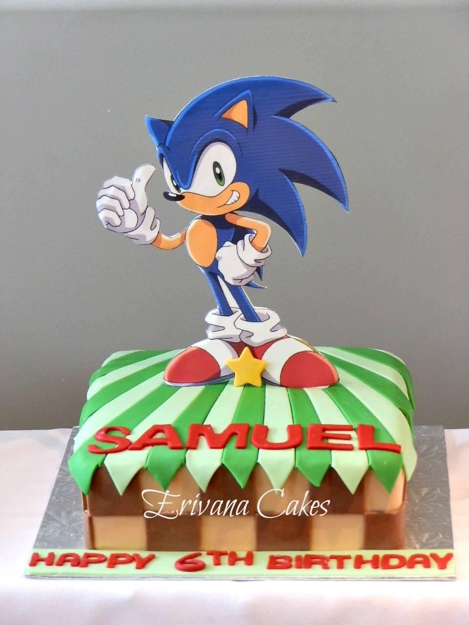 Sonic the Hedgehog cake