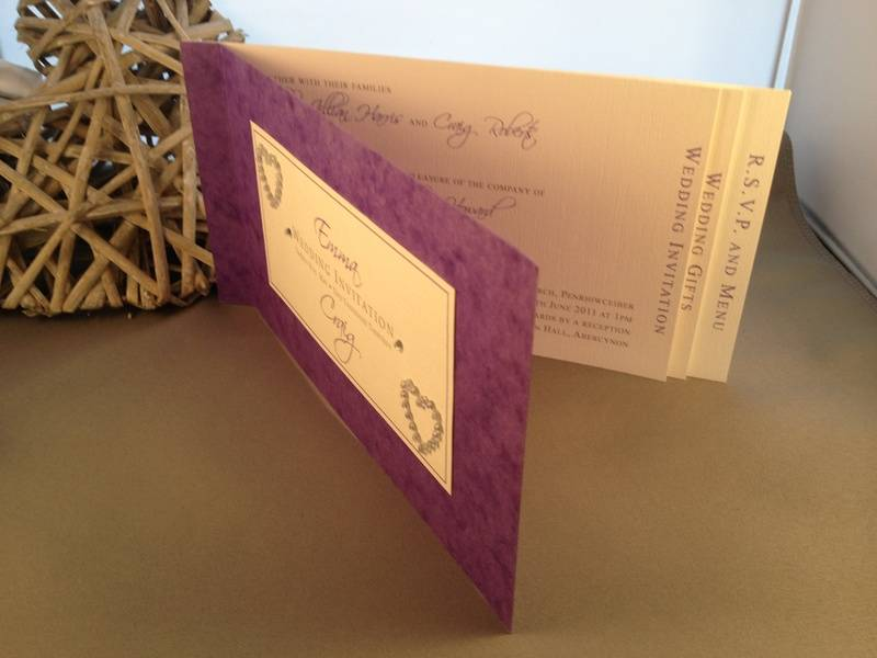 Diamante heart cheque book