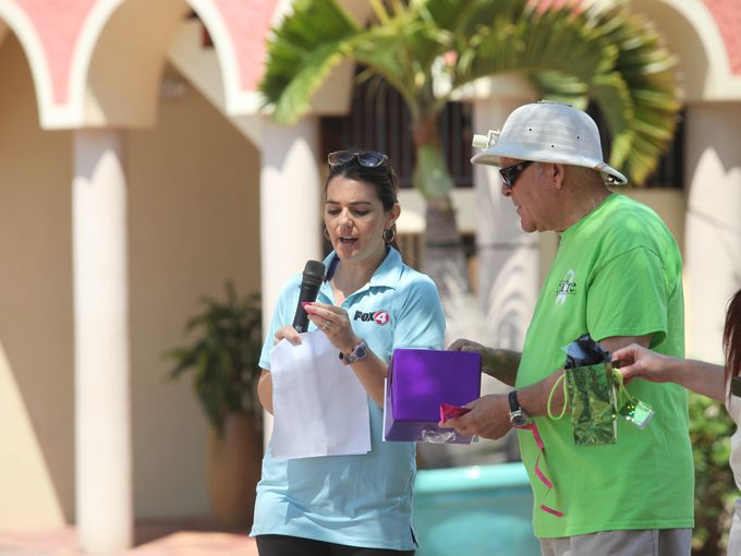 Fox4's Miriam Zamorano and Rabbi Agin of 21st Century CARE