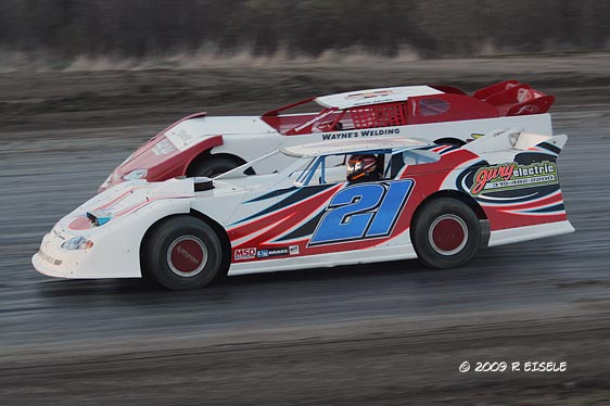 1st race in Crate Late Model at Can Am Speedway