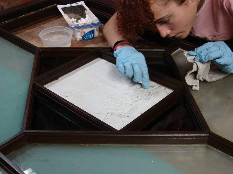 Cleaning Porcelain Lithophane