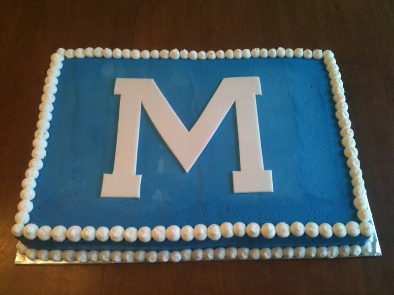 Marquette Graduation Cake