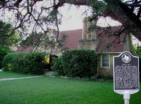 Alla's Historical Bed and Breakfast, Spa & Cabana, 415 Hustead St, Duncanville, Texas, 75116, USA