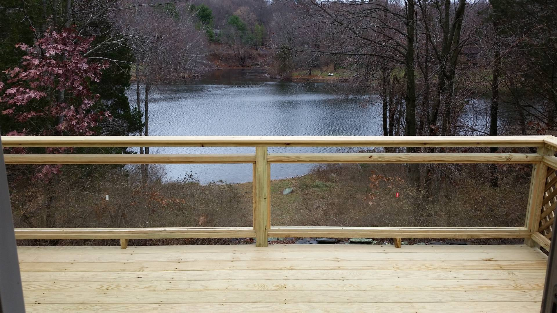 10 X 15 Pressure Treated Deck With Glass Rails 3