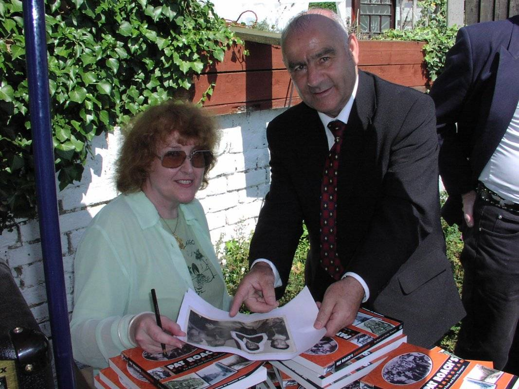 Shirley Thompson, Tony Kelly