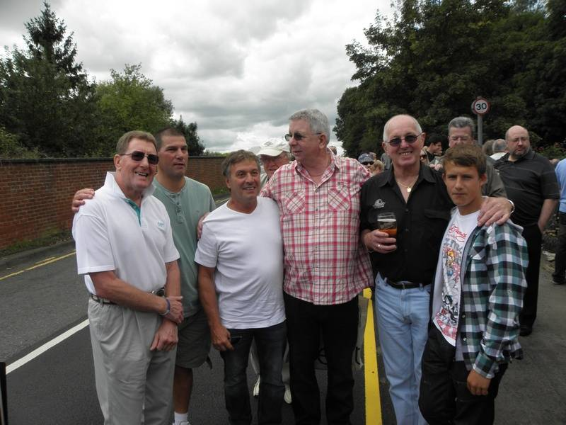 Pete Roberts, Johnny Kidd, Steve Grey, Neil Sands, Tony St. Clair, Aaron St. Clair