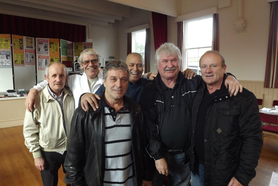 Steve Grey, John Kenny, Mal Sanders (front) Nigel Hanmore, Mal Mason, Johnny Kincaid (back)