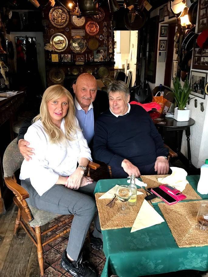 Wayne and Sarah Bridges saying adios to Karl 'Nobby' Heinz