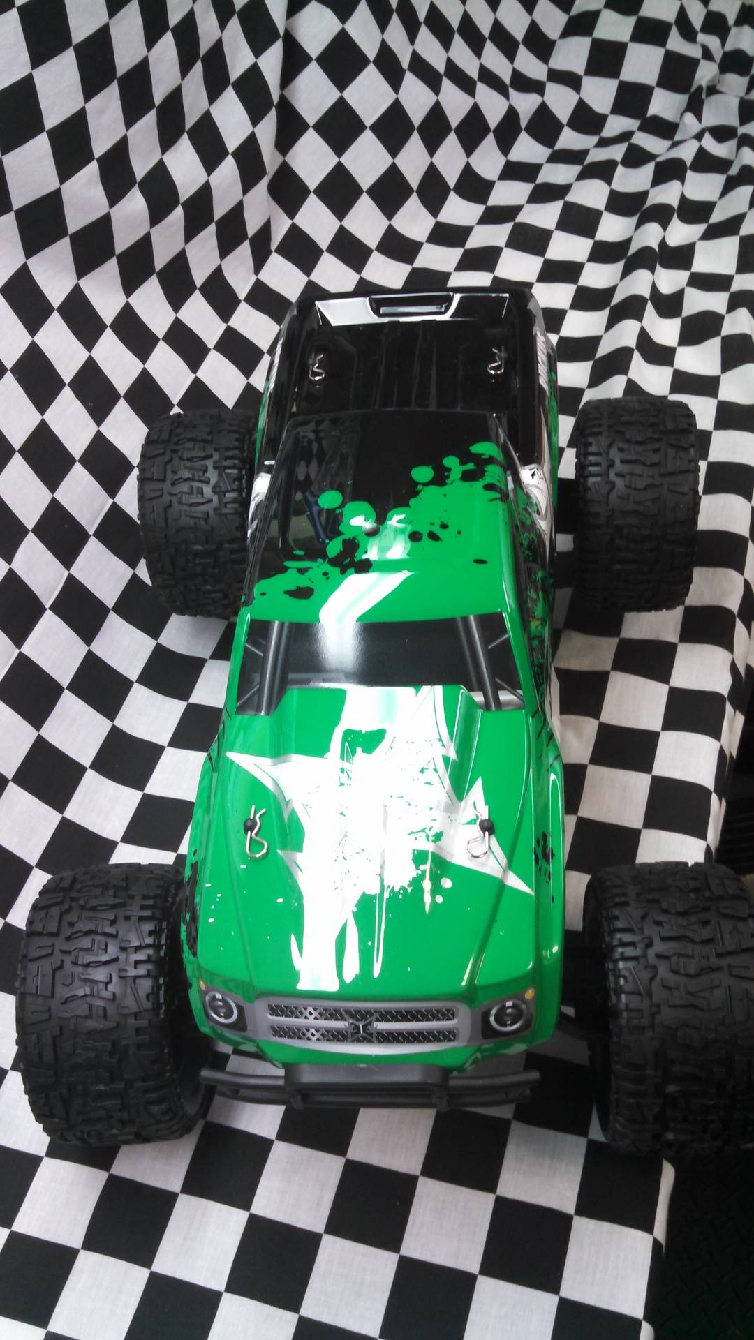 ECX 2WD Brushed Ruckus