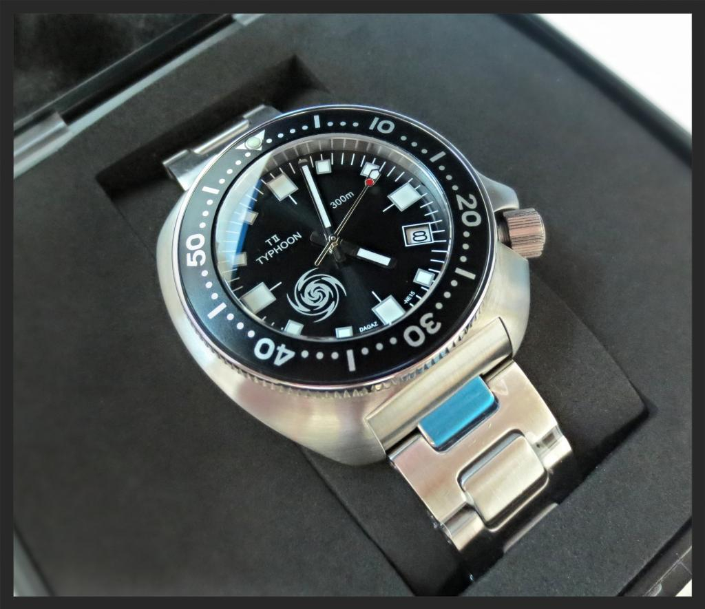 SPECIAL EDITION CHARCOAL DIAL TII-TYPHOON LTD.ED. 300m DIVE WATCH