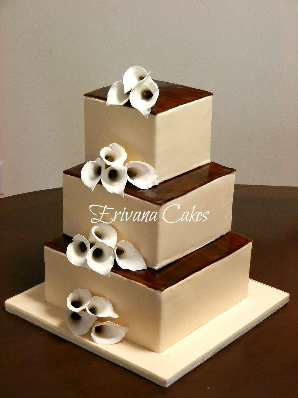 Brown and Ivory wedding cake 3