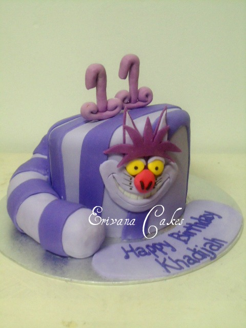 Alice in Wonderland Themed Cake (B014)