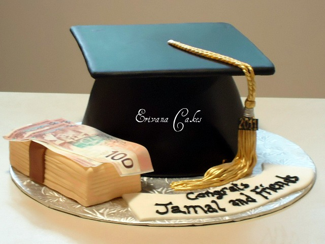 Graduation Cake with stacks of money cake(SP139)