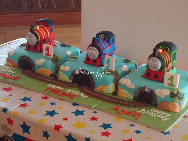Thomas and friends Cakes (B043)