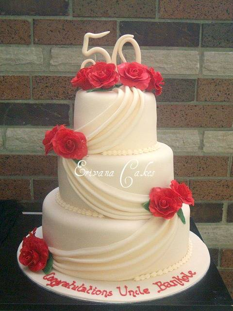 Ivory Cake with Red Roses  Cake(SP029)
