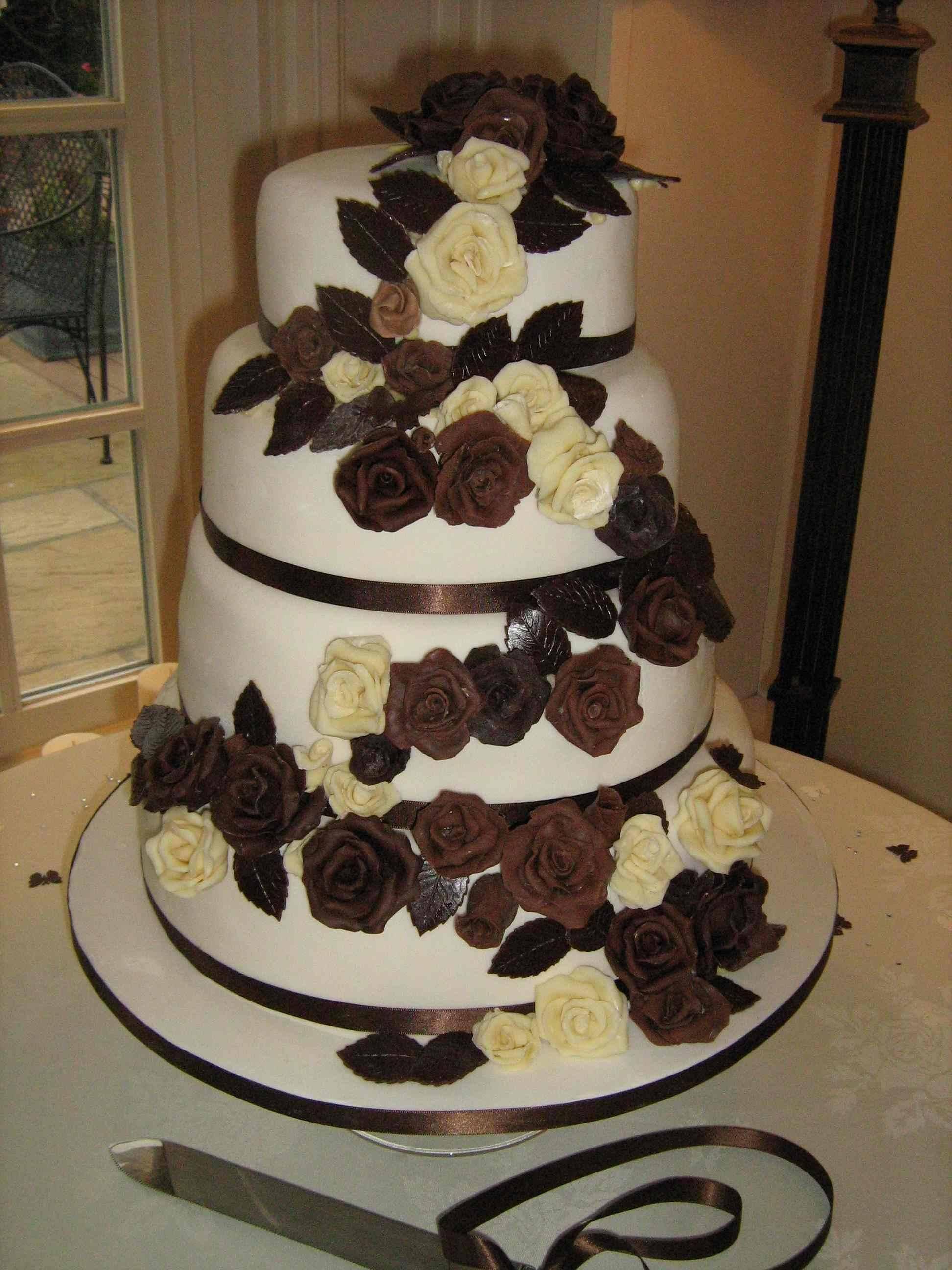 Chocolate Roses Wedding Cake