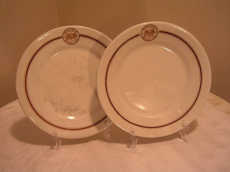Qualicum Beach Inn Plates