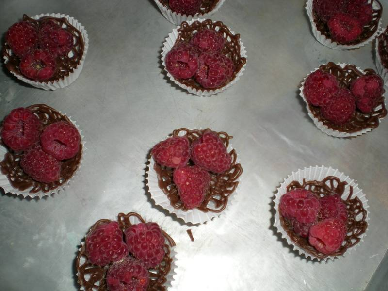 Chocolate bowls w/ raspberries