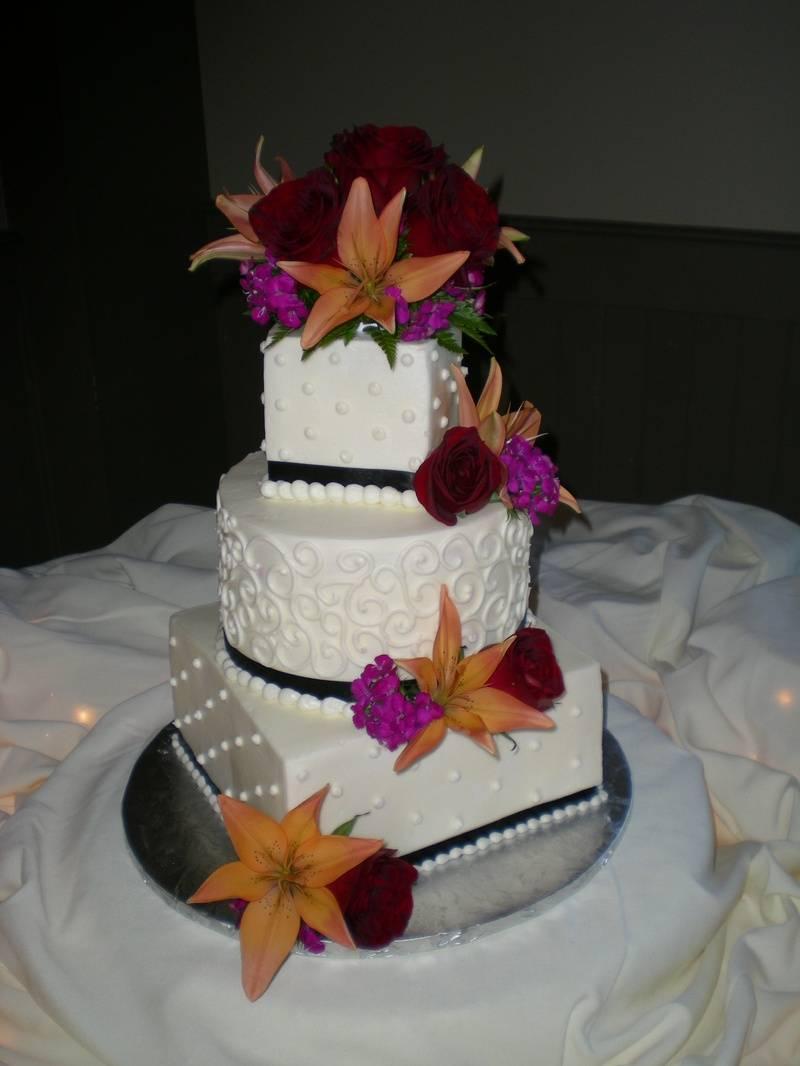 Marilyn & Larry's cake