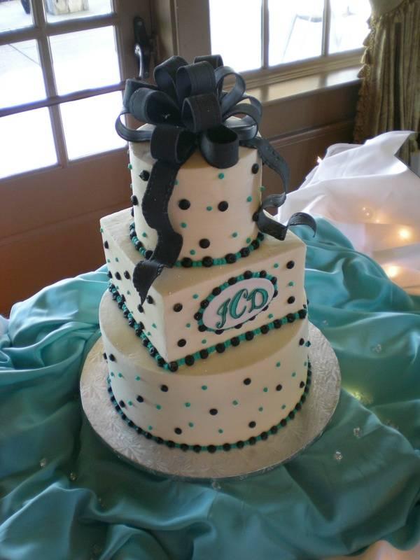 Jaimi's tiffany & black cake