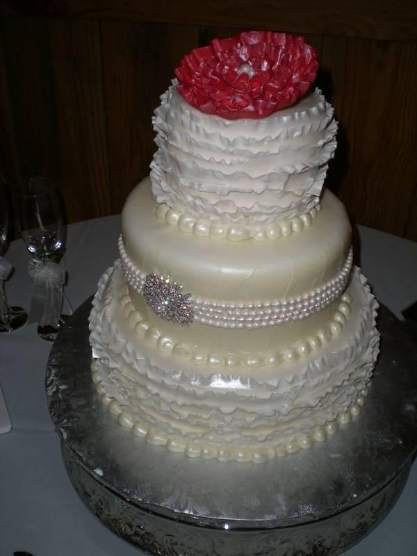 Lauren's ruffle wedding cake