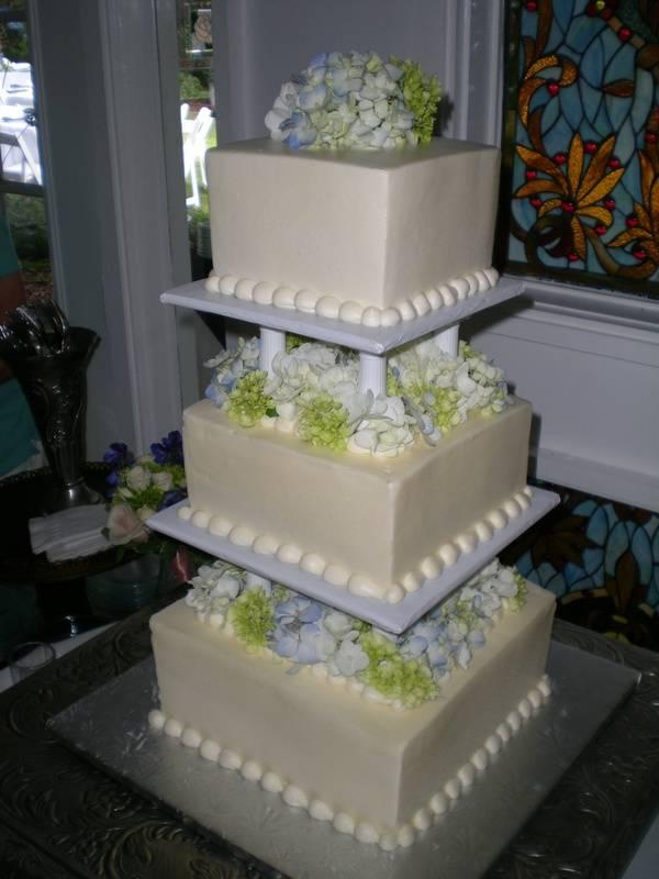 Elizabeth's Wedding Cake