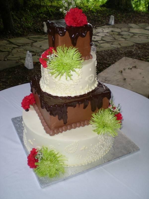 Patrick & Nisha's wedding cake