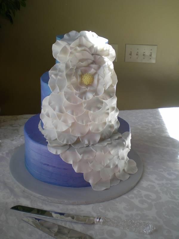 Stephanie's wedding cake