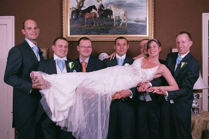Lift the Bride .
