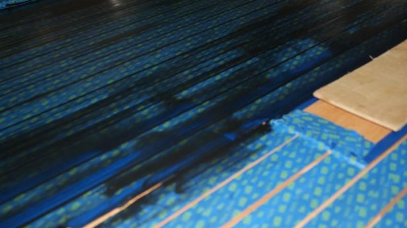 Apply the black epoxy lines