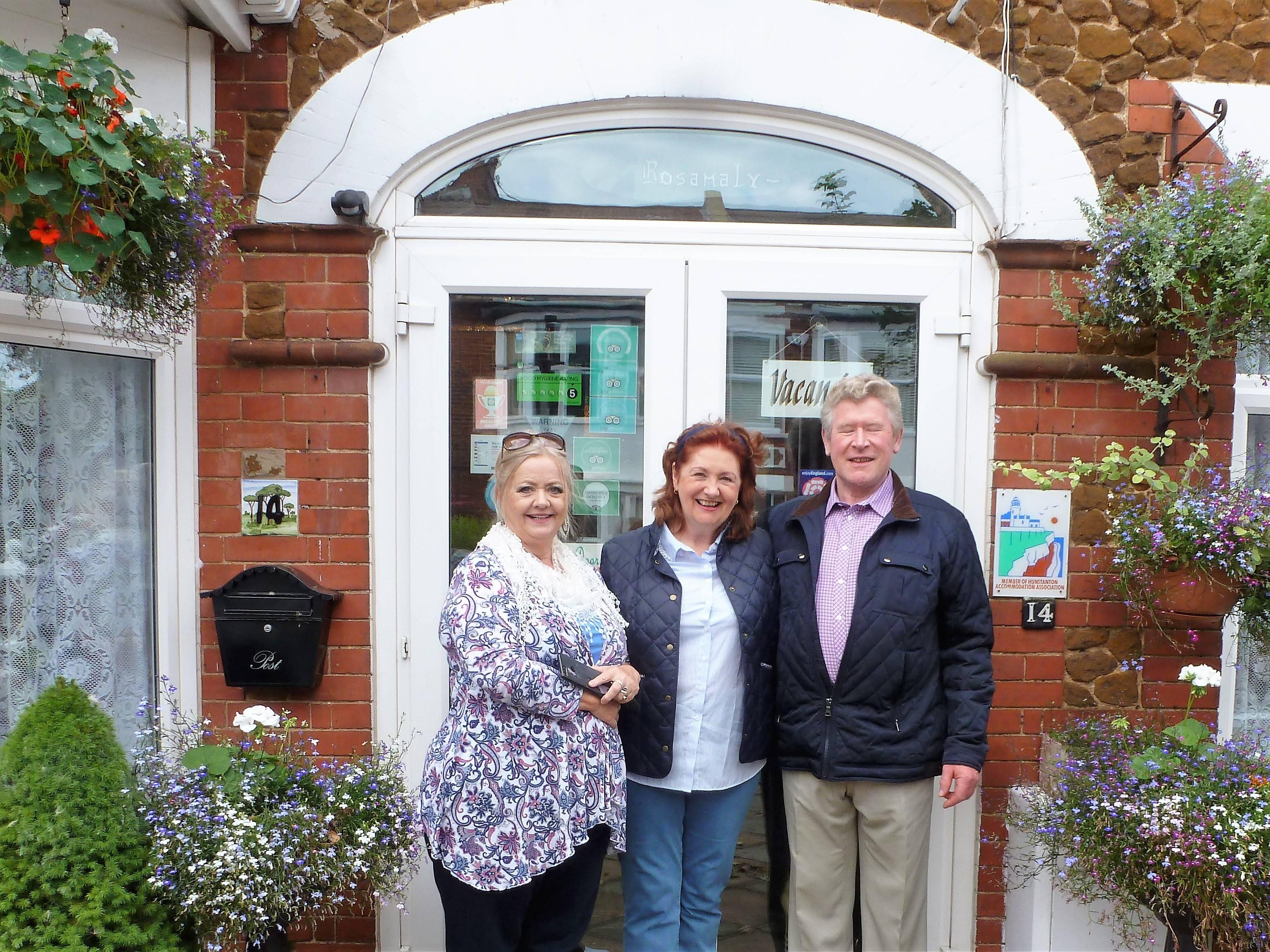 Phyllis, Rita & Tom