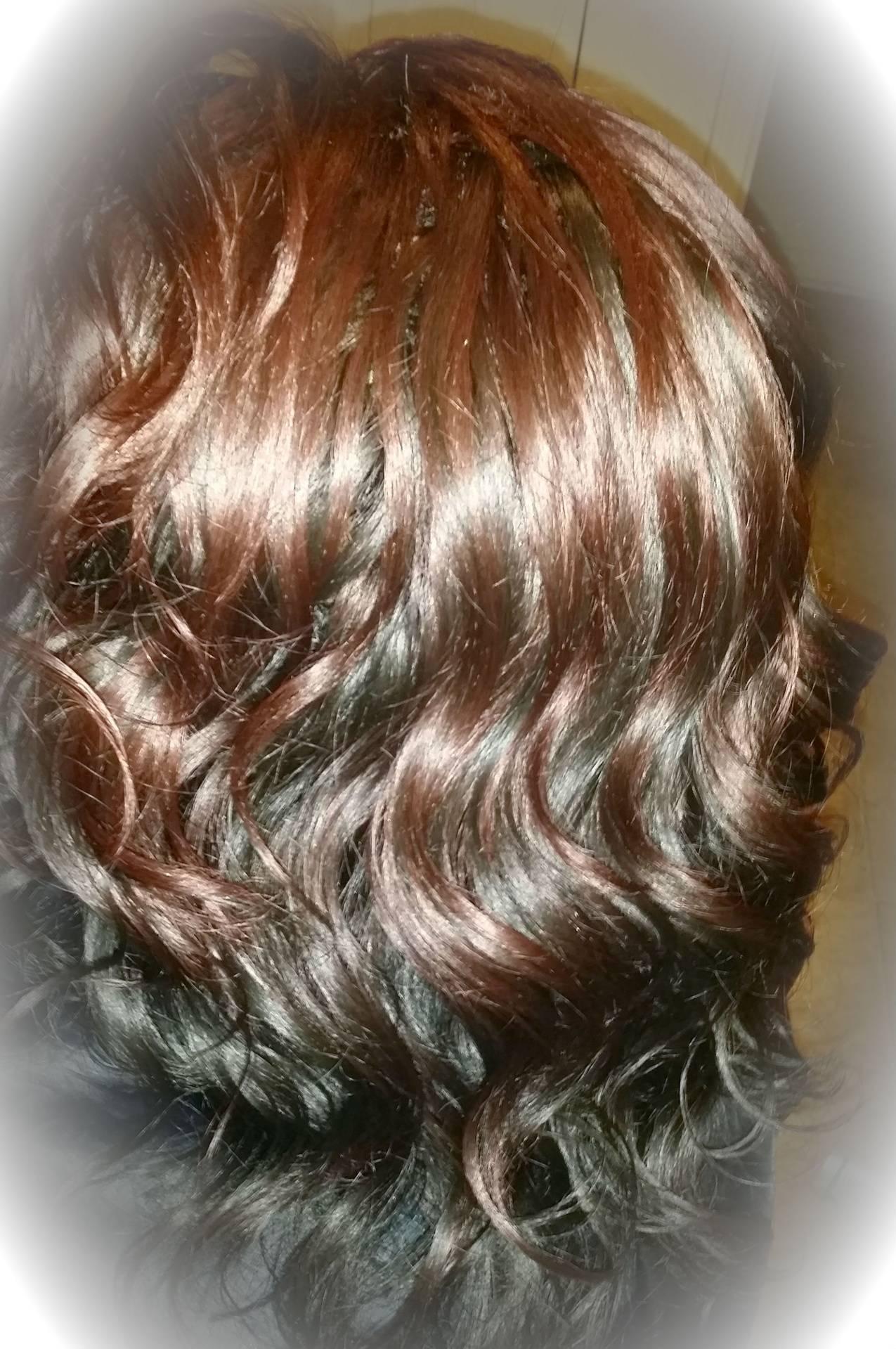 100% yaky human hair (layered and curled)