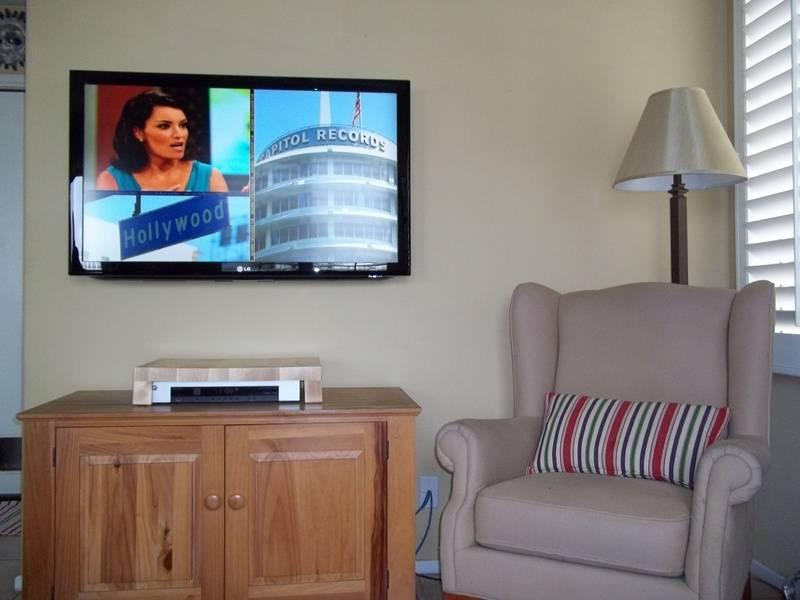 42' LG LCD Premium TV Installation