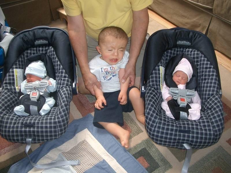 Welcome Home Brandon & Kayla - Jake wasn't so thrilled...