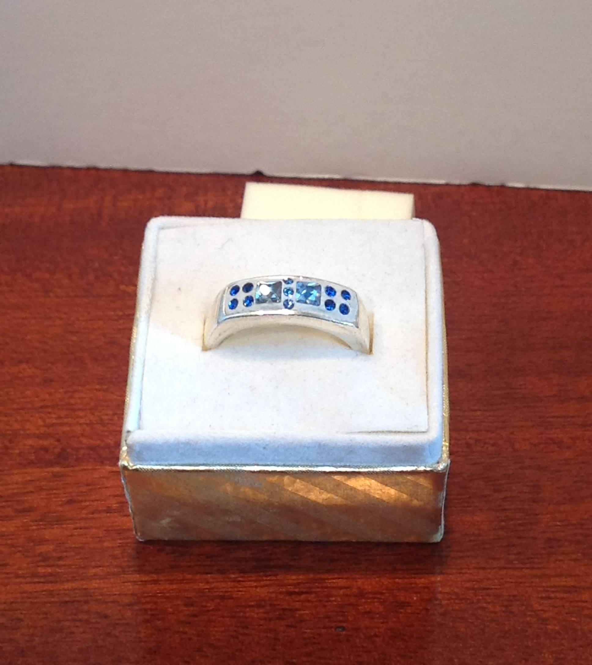 Sapphire Squares (Item #5093) $5.00
