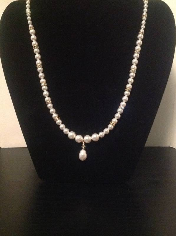 Gold 'N' Pearls (Item #1245) $25.00