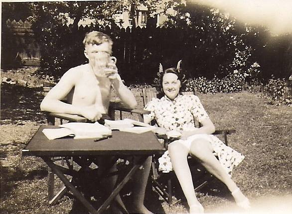 Bill and Peggy 1939