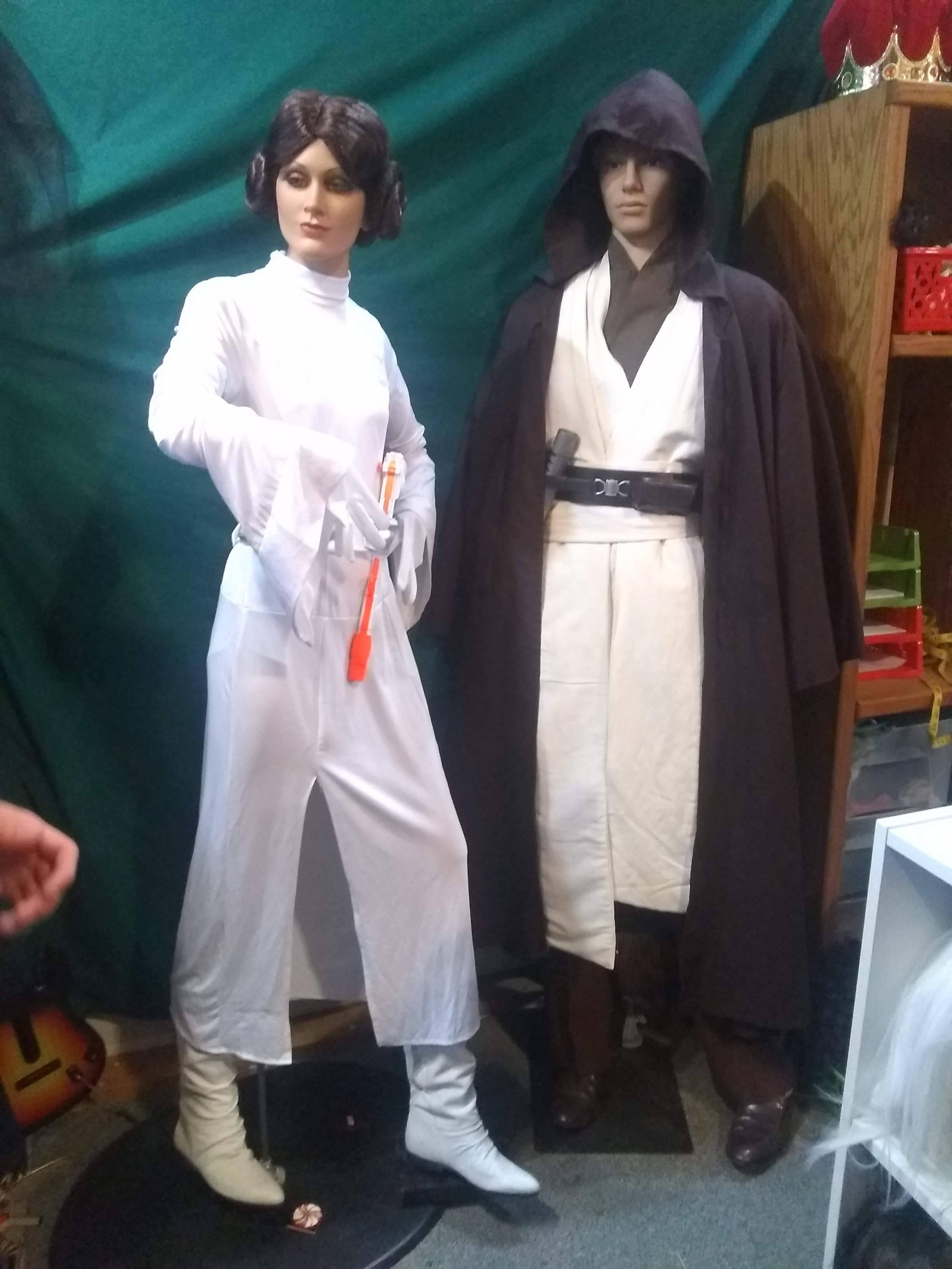 Princess Leia & Obi-Wan Kenobi costumes