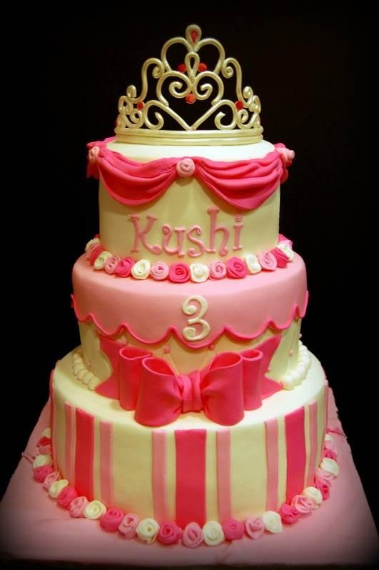 A cake as pretty as the birthday princess