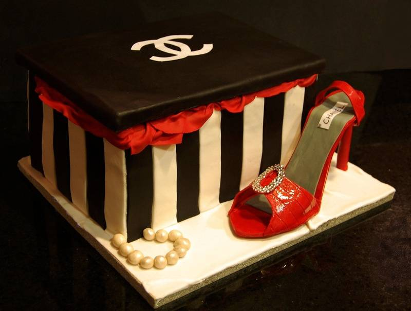 Chanel Shoe box Cake