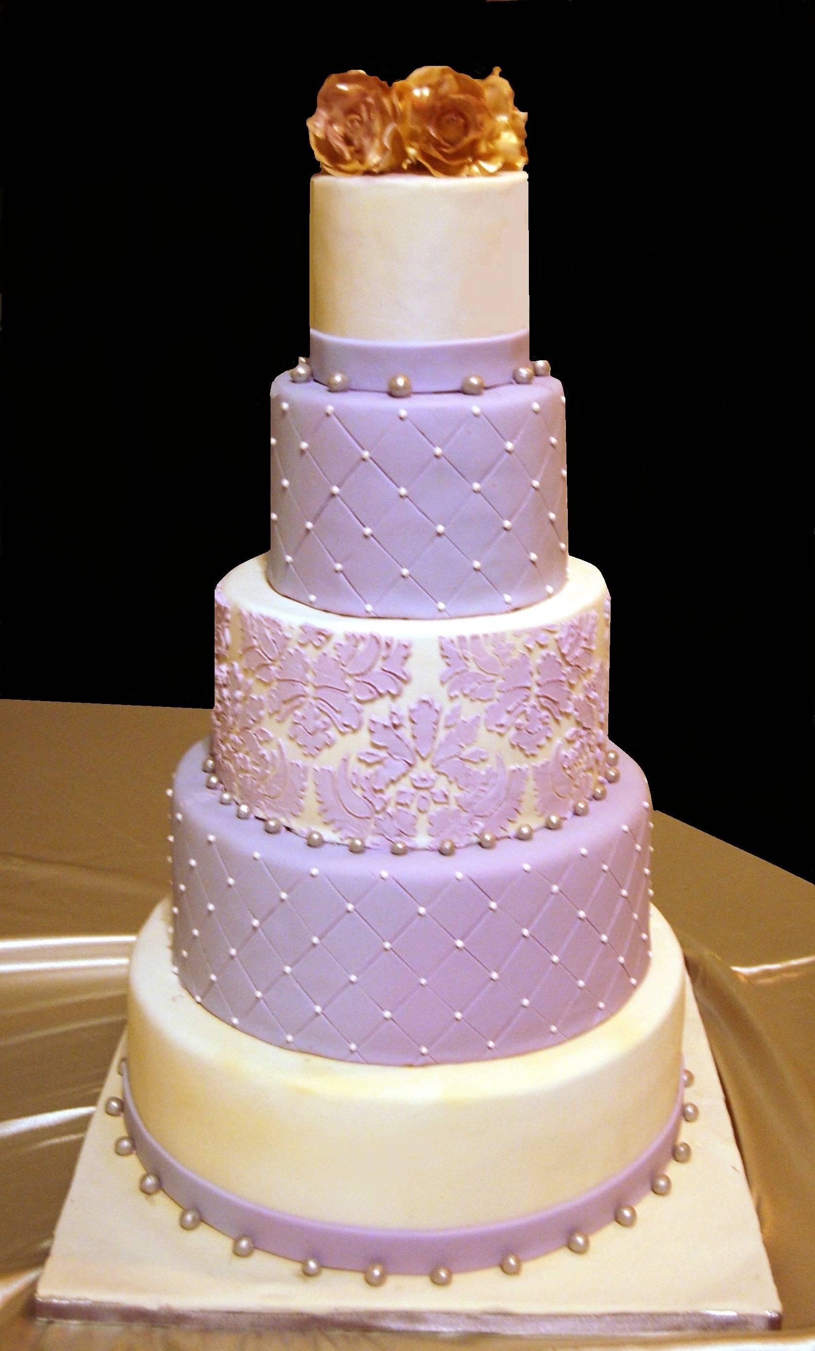 Lilac and ivory wedding cake