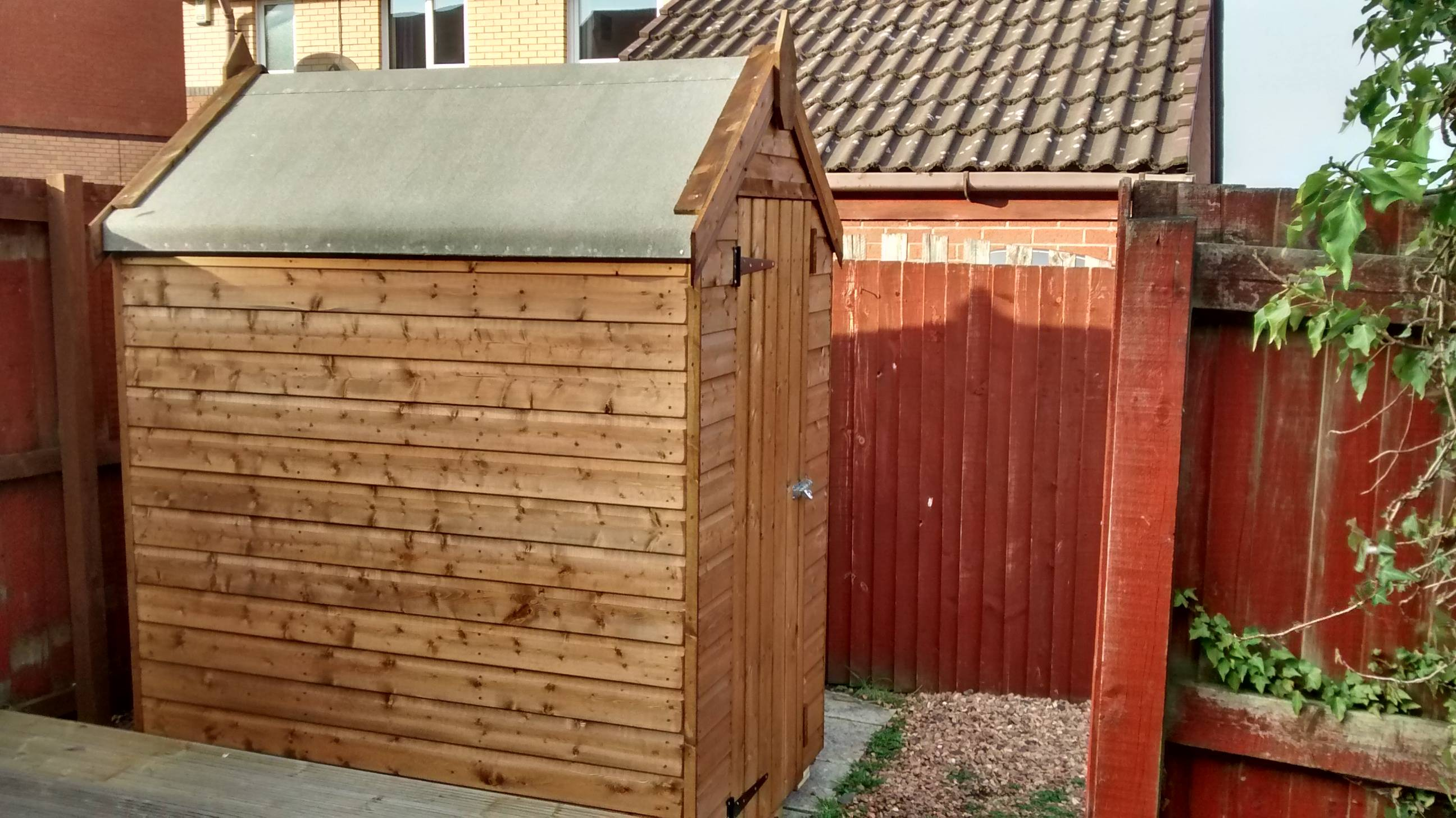 Apex Shed 6' x 4'