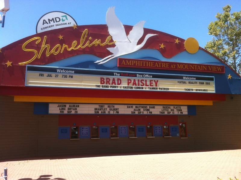 In Mountian View, California for Brad Paisley
