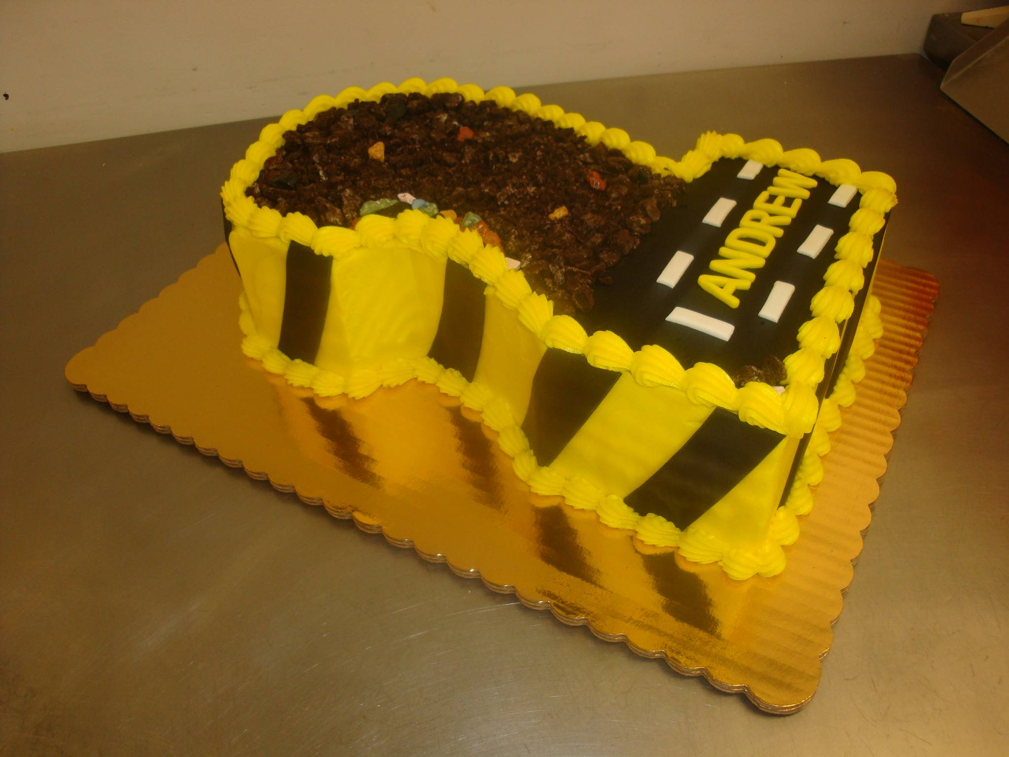 number 2 construction cake 20 servings $85