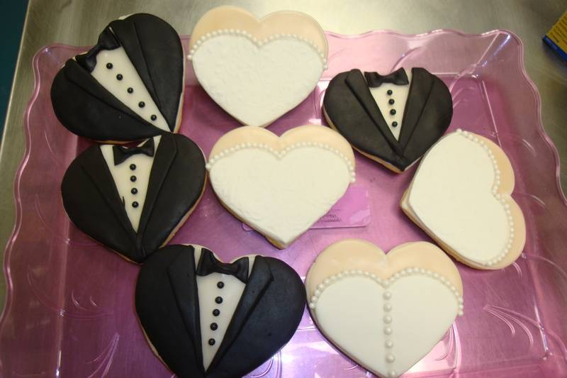 fondant covered bride/groom wedding cookie favors $6 each