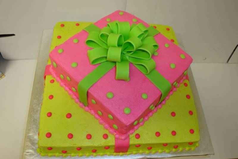 37 serving pink/green gift cake $4.50/serving