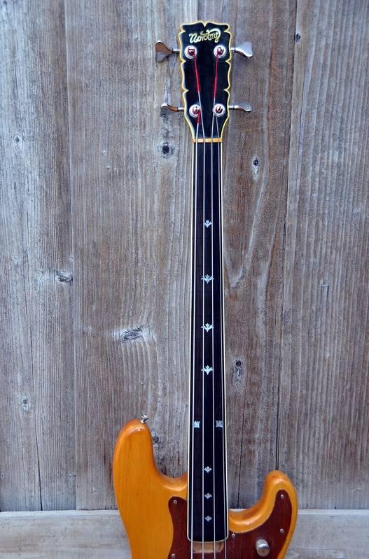 Novotny bass neck