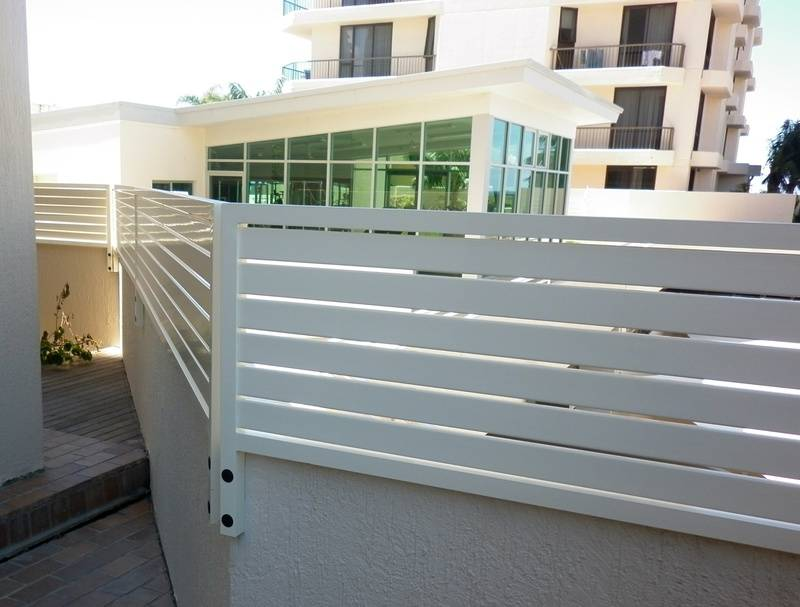 Horizontal Slatted Balustrade