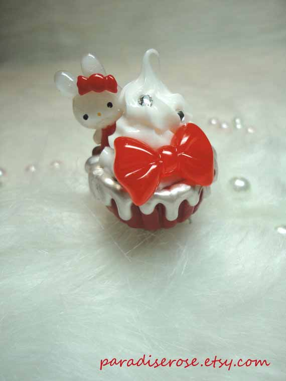 Bunny Cupcake Ring